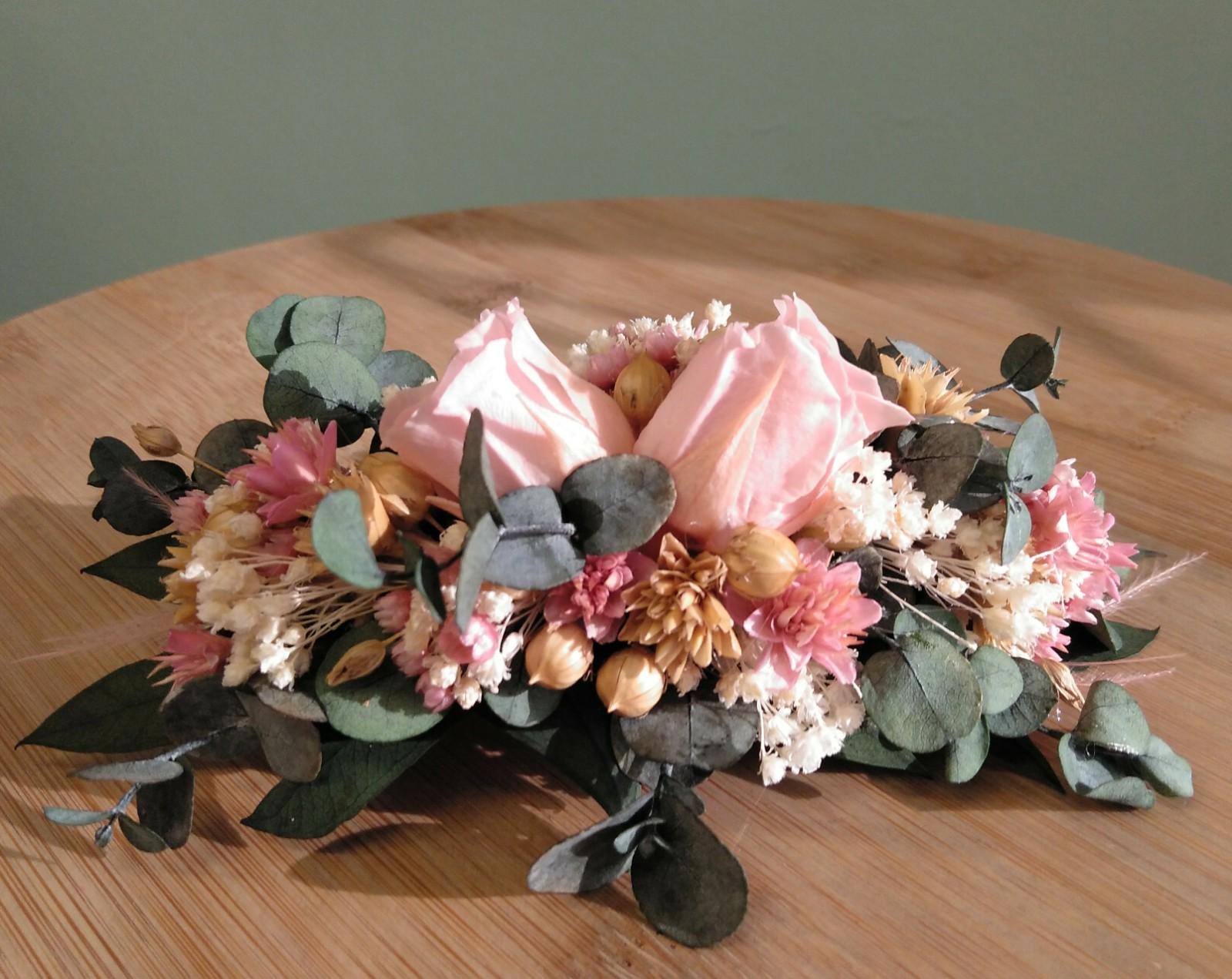 tocado de flores para novias y comuniones